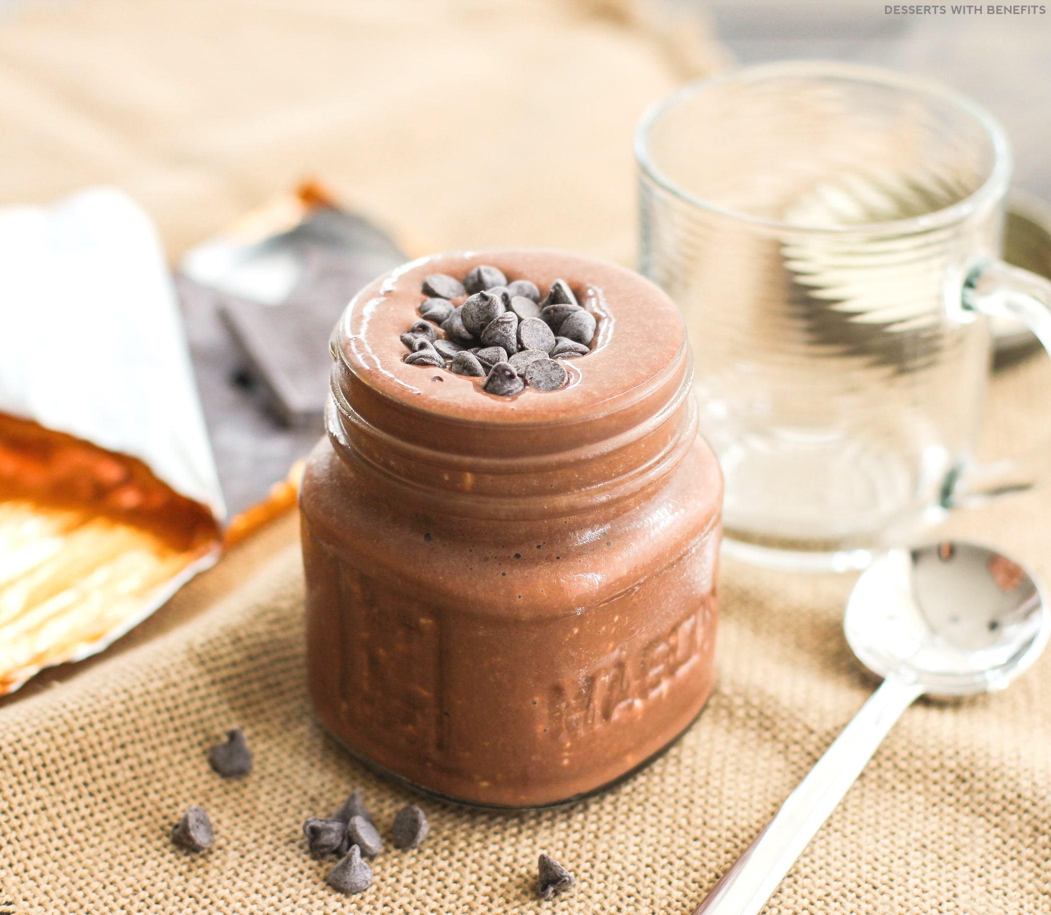 Healthy Chocolate Fudge Brownie Overnight Dessert Oats (refined sugar free, low fat, high protein, high fiber, gluten free, vegan option) - Healthy Dessert Recipes at Desserts with Benefits