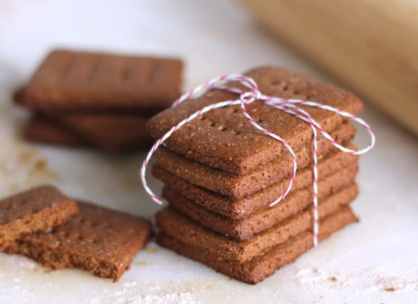 Low Fat High Fibre Cake Recipes: Healthy Homemade Whole Wheat Graham Crackers