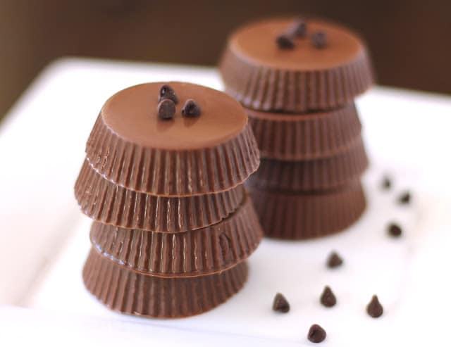 15 Healthy Nutella Recipes | Healthy Nutella Chocolate Candy Cups