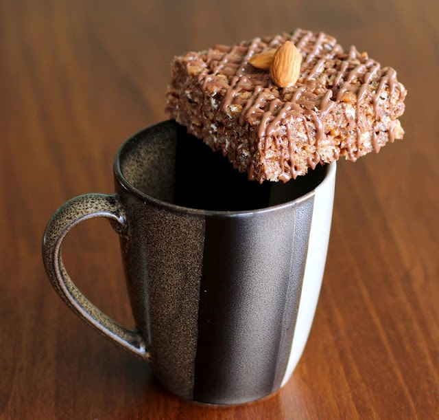 Healthy Mocha Almond Krispy Treats (gluten free, refined sugar free, high protein)