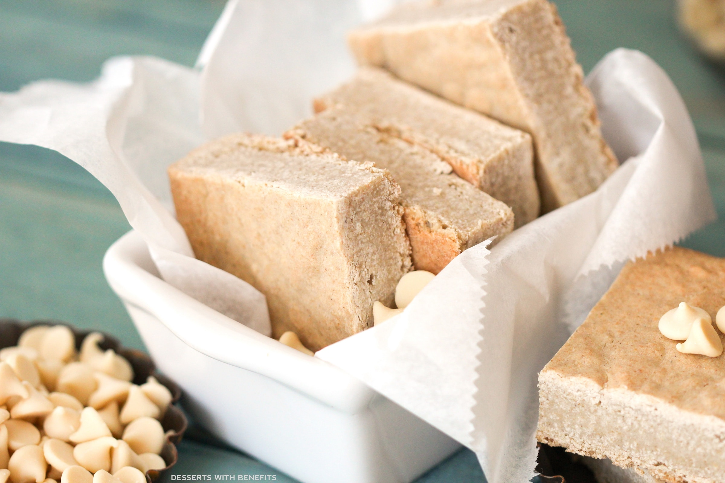 Healthy White Chocolate Brownies (or Blondies)! | Desserts with ...