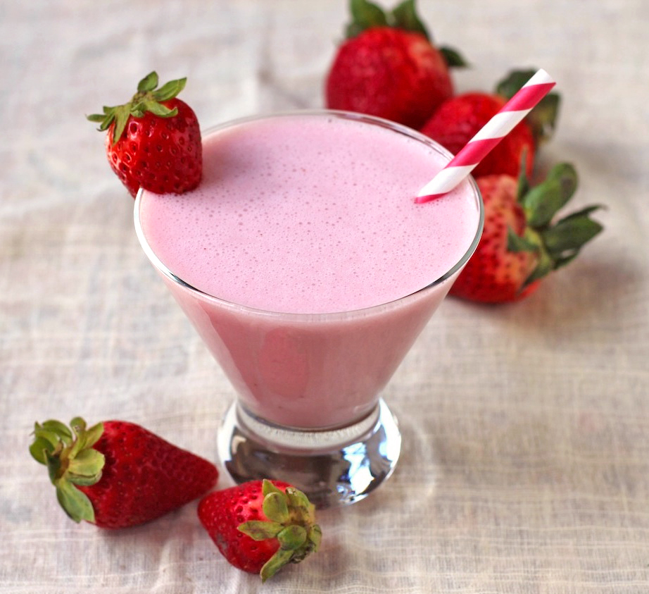 Healthy Homemade Strawberry Milk