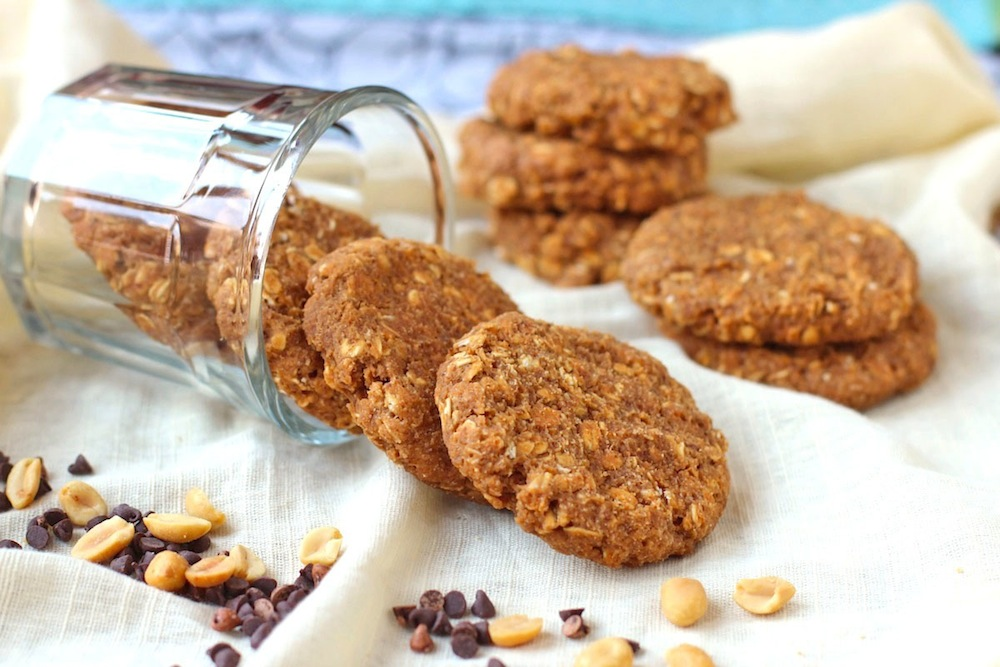 Healthy Peanut Butter Oatmeal Cookies - Desserts with Benefits