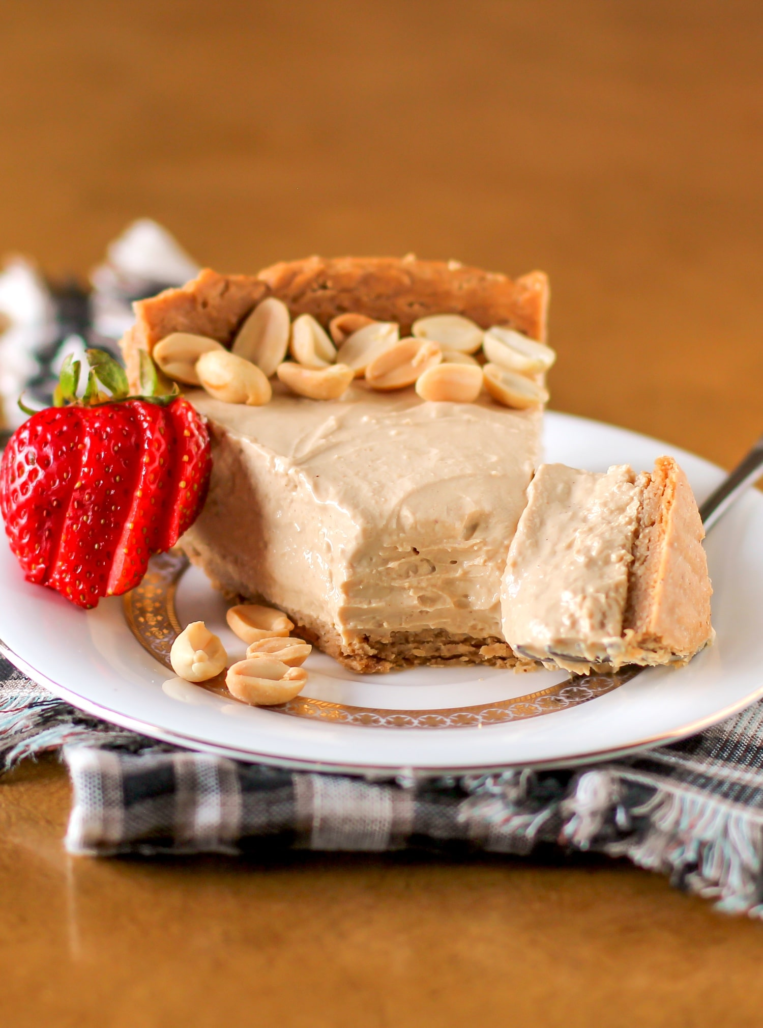 Healthy Peanut Butter Pie - Naughty or Nice Cookbook