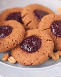 Healthy Peanut Butter and Jelly Thumbprint Cookies - Healthy Dessert Recipes at Desserts with Benefits