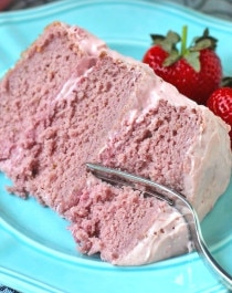 Healthy Strawberry Cake with Strawberry Frosting
