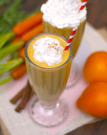 Healthy Carrot Cake Milkshake (sugar free and gluten free!) - Healthy Dessert Recipes at Desserts with Benefits