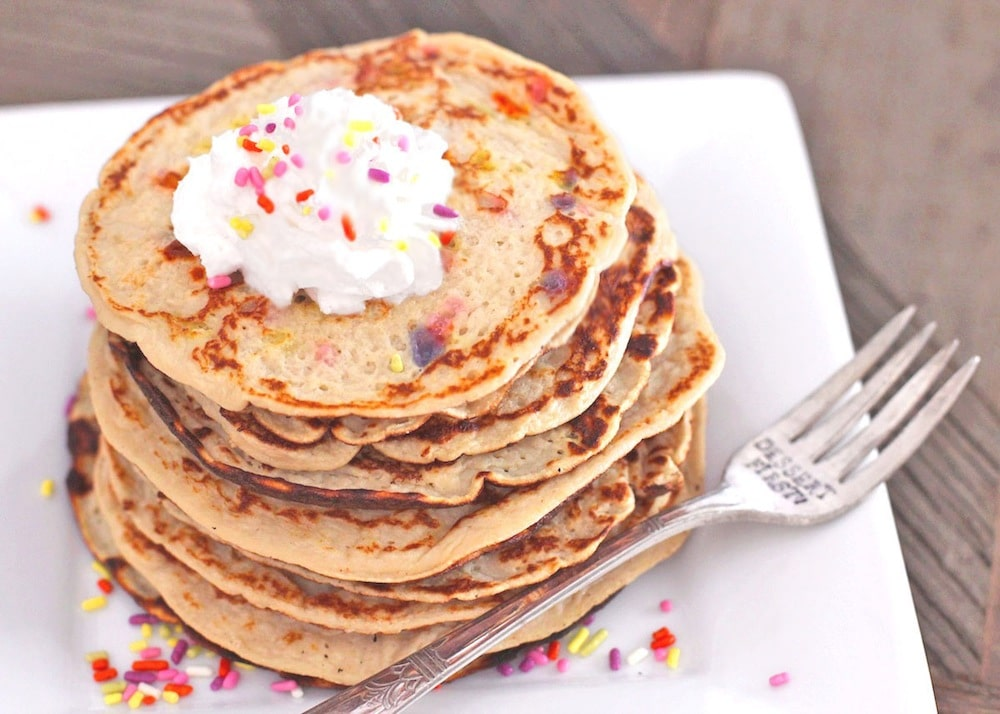 Healthy Funfetti Pancakes (all natural) - Healthy Dessert Recipes at ...