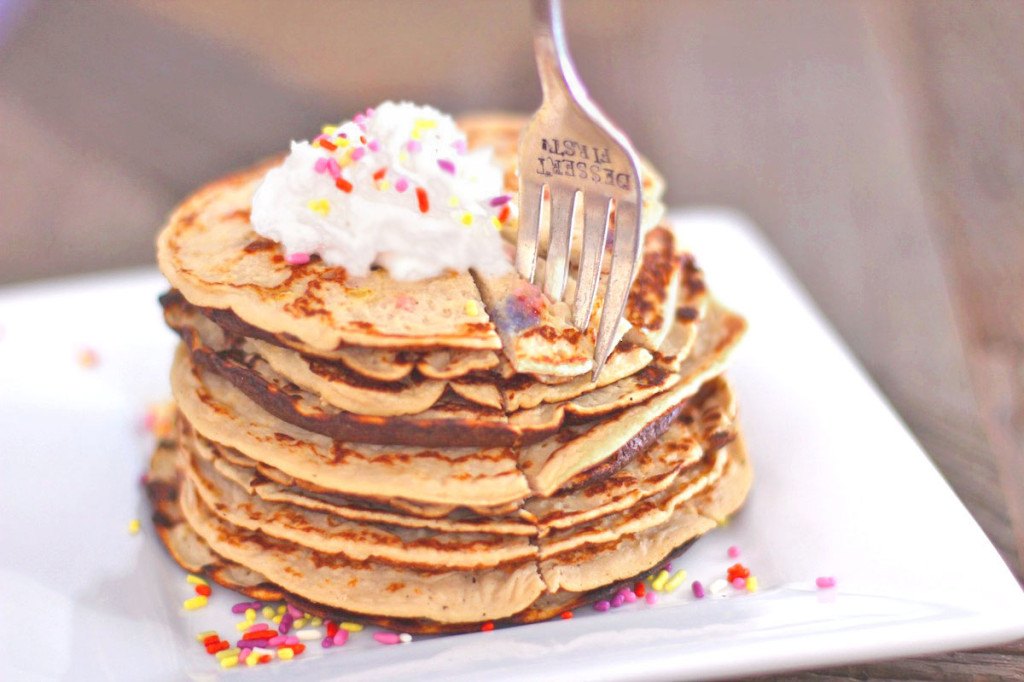 Healthy Funfetti Pancakes (all natural) - Healthy Dessert Recipes at Desserts with Benefits