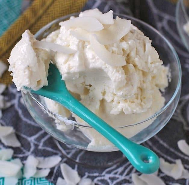 Healthy Coconut Frozen Yogurt
