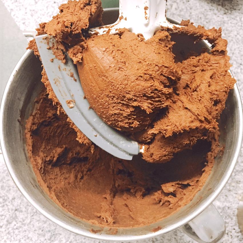 Healthy Chocolate Peanut Butter Fudge recipe (sugar free, high protein, gluten free, vegan) - Desserts with Benefits