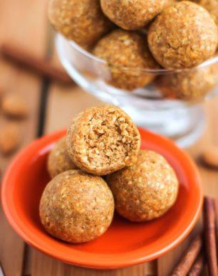 Healthy Pumpkin Pie Energy Bites (refined sugar free, gluten free. vegan) - Desserts with Benefits