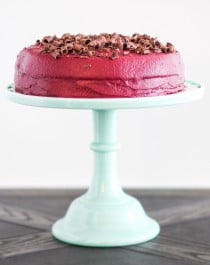 Healthy Devil's Food Cake with Red Velvet Frosting (refined sugar free, low carb, high protein, high fiber, gluten free) - Healthy Dessert Recipes at Desserts with Benefits