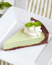 Healthy Grasshopper Pie – Naughty or Nice Cookbook: The ULTIMATE Healthy Dessert Cookbook – Jessica Stier of Desserts with Benefits
