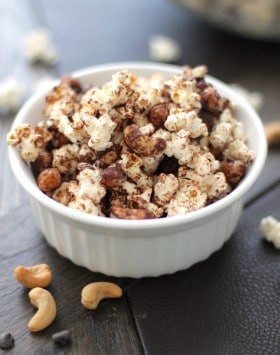 Healthy Chocolate Cashew Popcorn – the Perfect Snack for Game Day! (sugar free, low fat, high protein, high fiber, gluten free, dairy free, vegan) - Healthy Dessert Recipes at Desserts with Benefits