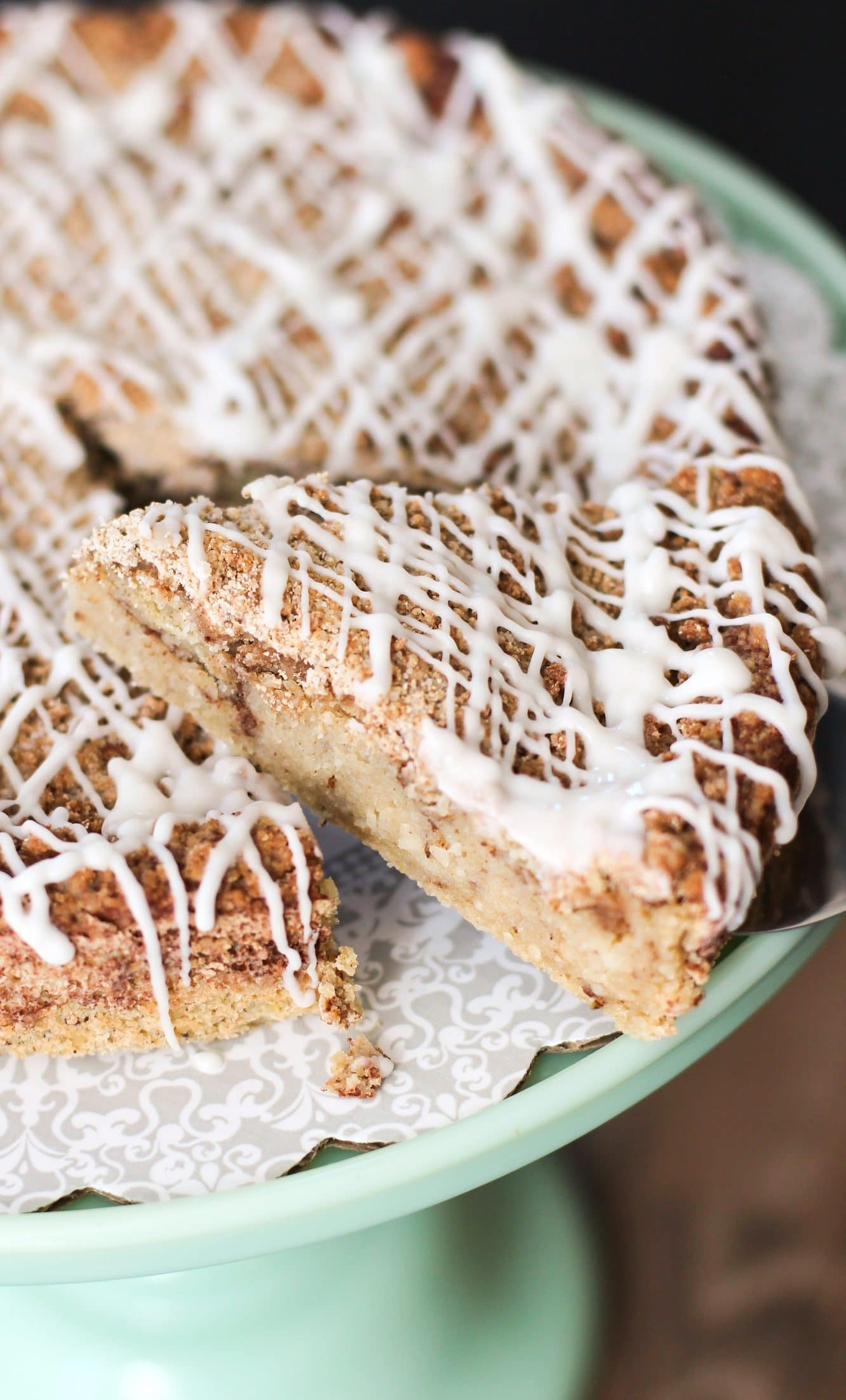 Healthy Coffee Cake (refined sugar free, low fat, high protein, high fiber, gluten free) - Healthy Dessert Recipes at Desserts with Benefits