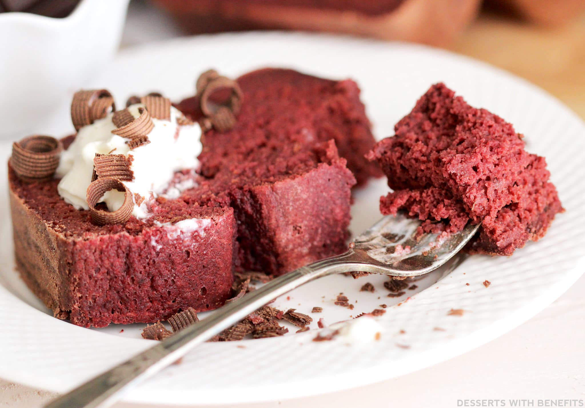 Healthy Red Velvet Loaf (all natural, refined sugar free, low fat, high fiber, high protein, gluten free) - Healthy Dessert Recipes at Desserts with Benefits