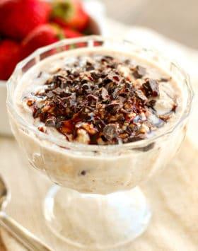 Healthy Samoas Overnight Dessert Oats (low sugar, high fiber, gluten free, vegan) - Healthy Dessert Recipes at Desserts with Benefits