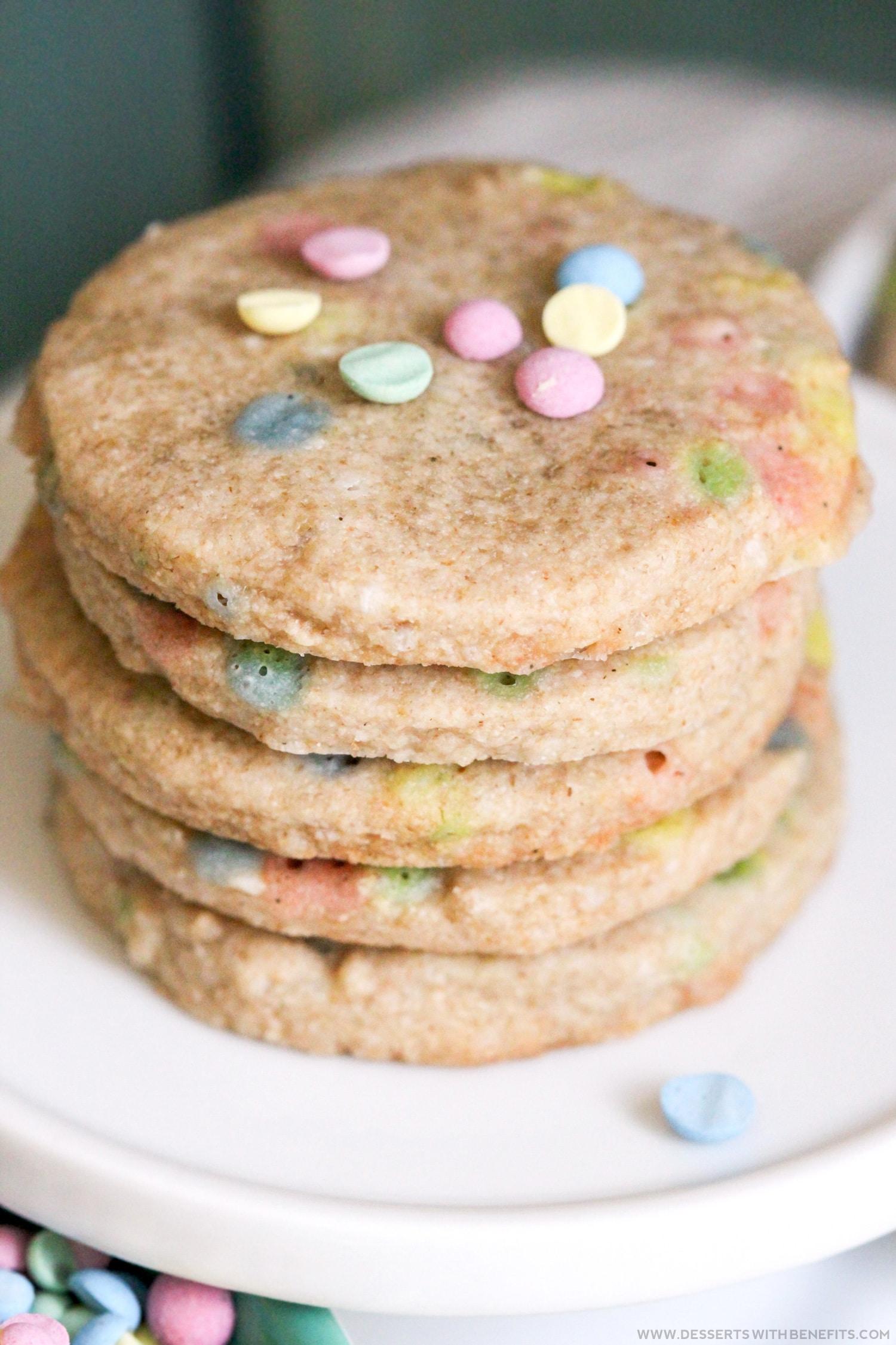 Healthy Funfetti Shortbread Cookies recipe (sugar free, gluten free, dairy free, vegan) - Healthy Dessert Recipes at Desserts with Benefits