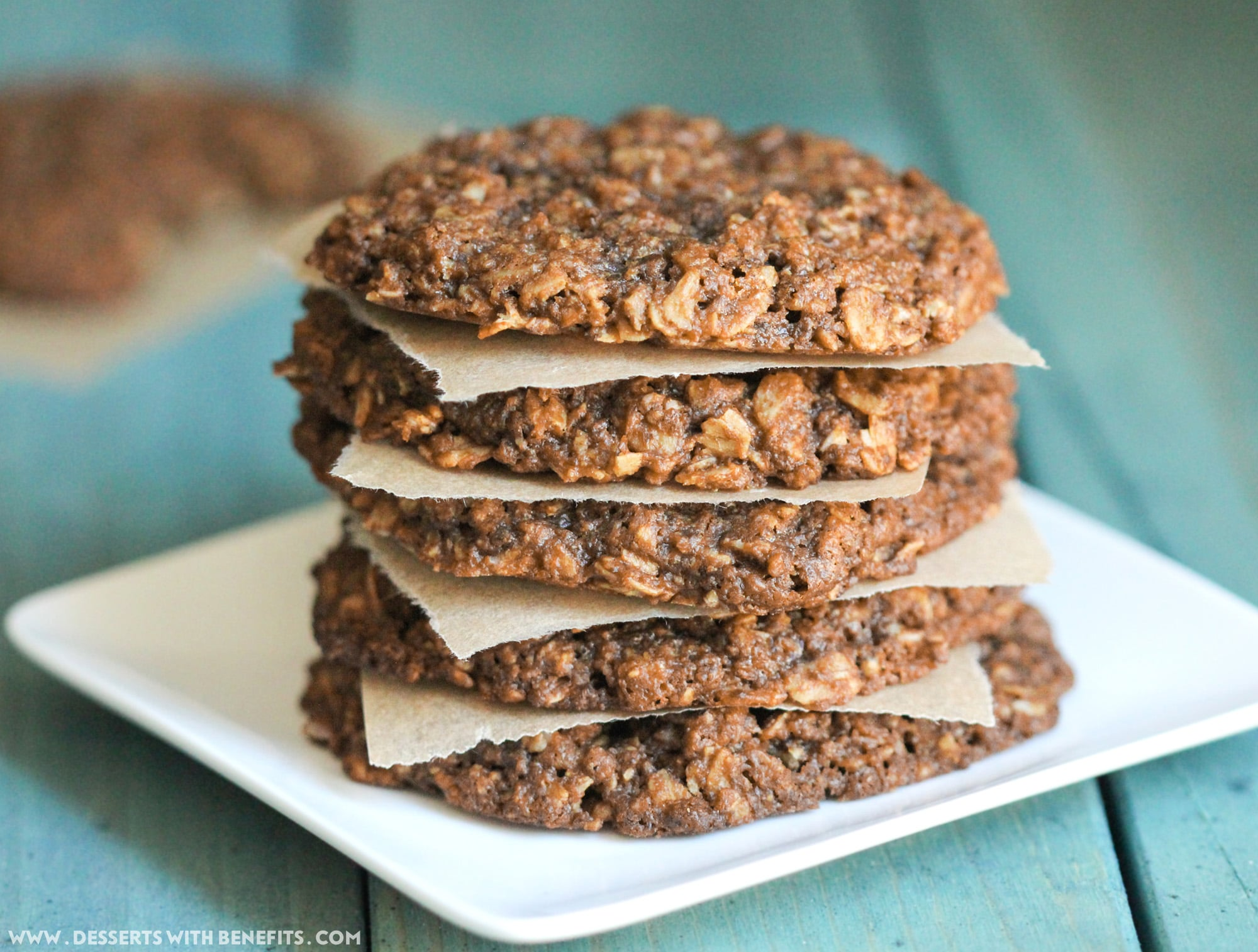 Healthy Chewy Peanut Butter Oatmeal Cookies recipe! These secretly guilt-free cookies are refined sugar free, gluten free, dairy free, eggless, and vegan, but you would never ever EVER suspect it! Healthy Dessert Recipes at Desserts with Benefits