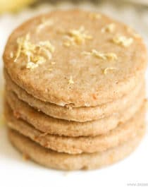 Healthy Lemon Shortbread Cookies recipe (refined sugar free, gluten free, dairy free, vegan) - Healthy Dessert Recipes at Desserts with Benefits