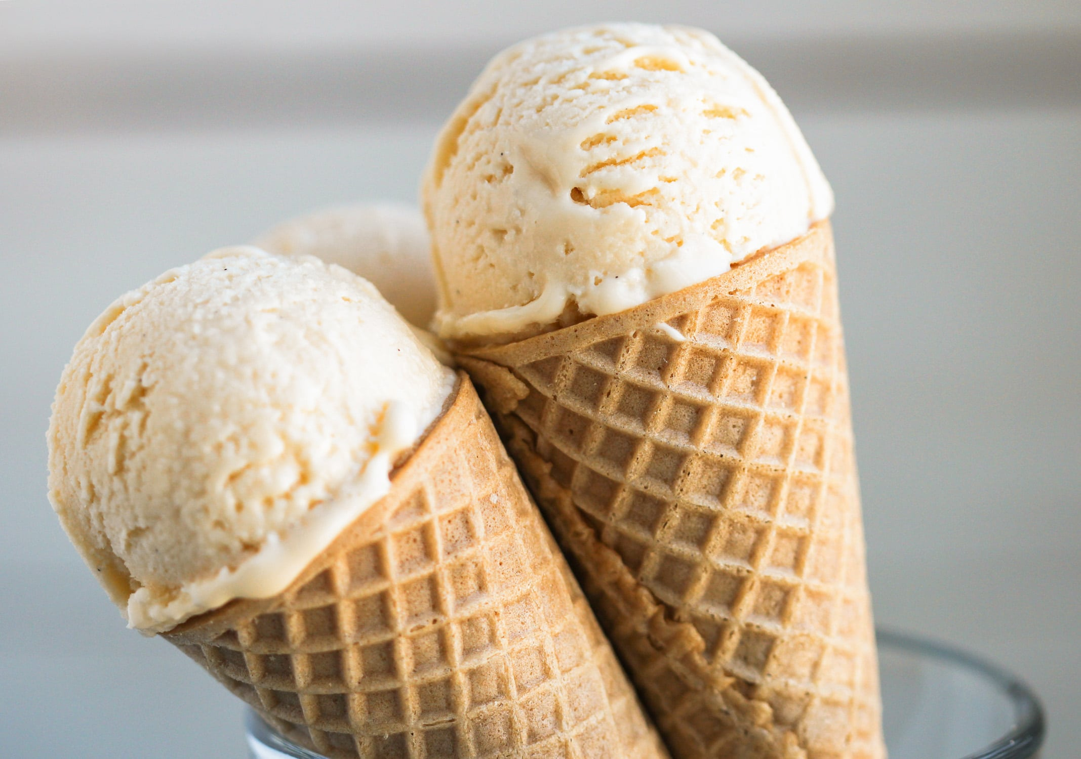 This Healthy Vanilla Protein Ice Cream is so sweet, so rich, and so ...