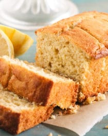 This Healthy Lemon Ricotta Cake is so light and fluffy, it's hard to believe that with every bite you take, you're indulging in sugar free, guilt free goodness! Healthy Dessert Recipes with sugar free, low calorie, low fat, low carb, high protein, gluten free, dairy free, vegan, and raw options at the Desserts With Benefits Blog (www.DessertsWithBenefits.com)
