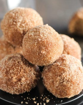 You'll have a hard time controlling yourself around these Healthy Baked Pumpkin Donut Holes! They're fluffy, sweet, and spiced with cinnamon, ginger, nutmeg, and cloves. Light, filling, and satisfying. You'd never know these are sugar free, low carb, high protein, gluten free, and dairy free too! Healthy Dessert Recipes at Desserts With Benefits (www.DessertsWithBenefits.com)