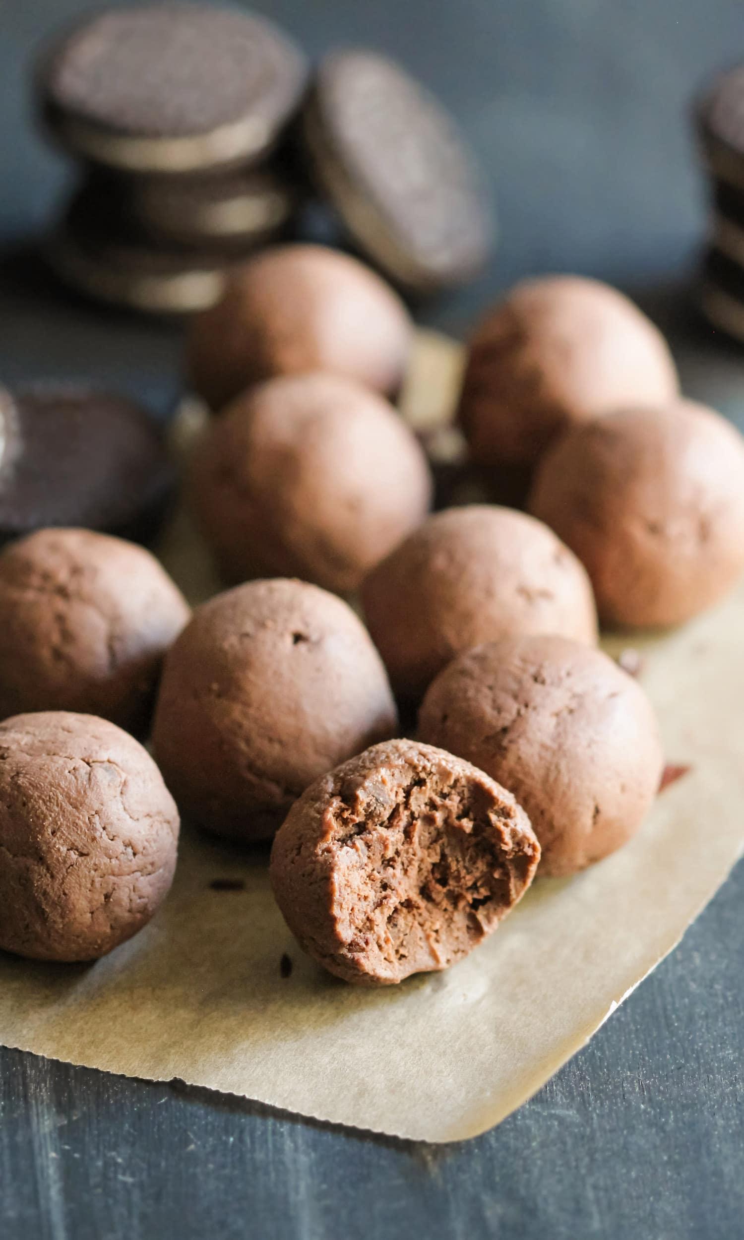 Healthy-Oreo-Truffles1.jpg