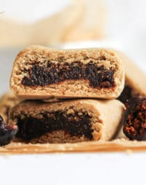 This easy Fig Newton recipe is 100% whole grain, gluten free, and vegan, with zero added sugar. Made with oat flour, dried figs, unsweetened applesauce, and a tad bit of coconut oil, these are chewy and perfectly sweet!